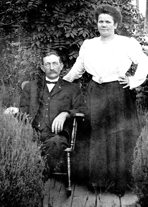 Charles Edgar and Belle Roy Wallis